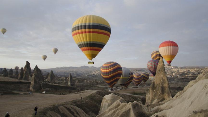 Nevşehir gezilecek yerler: Kapadokya, Ürgüp, Peri bacaları…