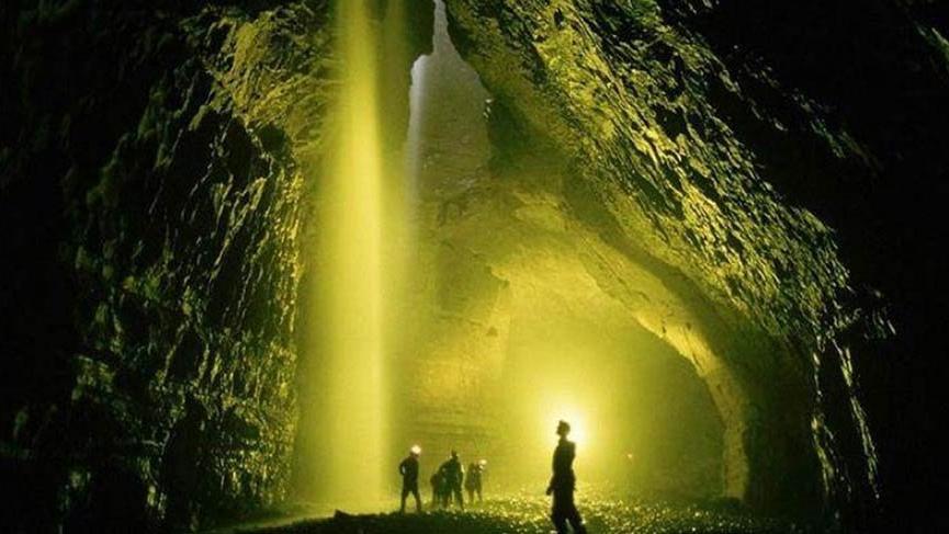 Rusya, dünyanın en derin mağarasına inmeyi başardı