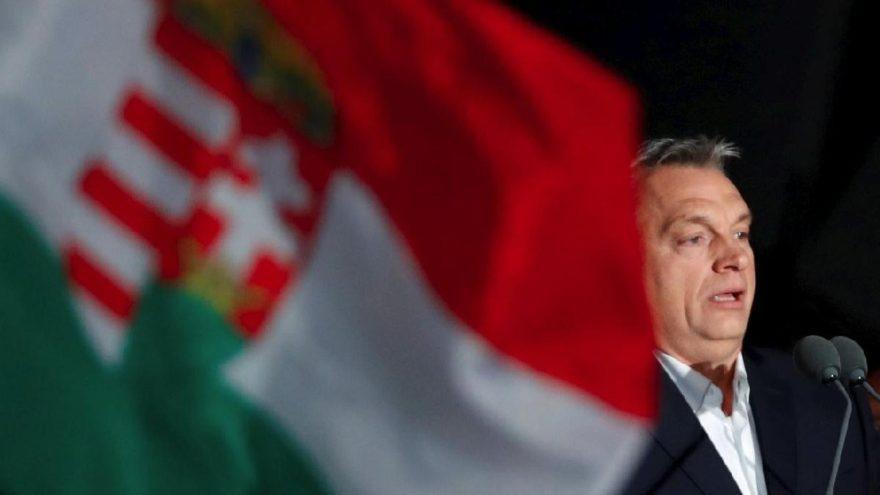 'Macar devlet televizyonu seçim zamanı yanlı yayın yaptı'
