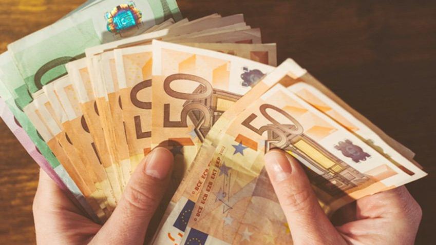 Dolar ne kadar oldu?/Euro 5 TL oldu (09.04.2018)