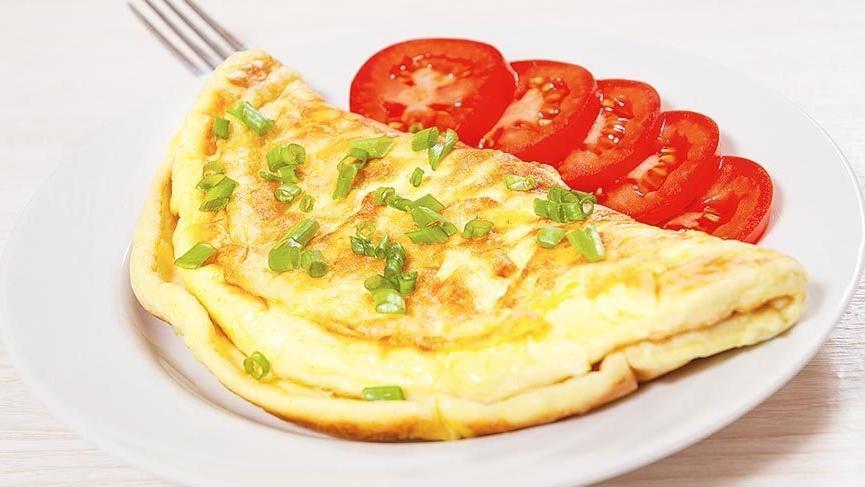 Peynirli omlet nasıl yapılır? İşte pratik peynirli omlet tarifi…