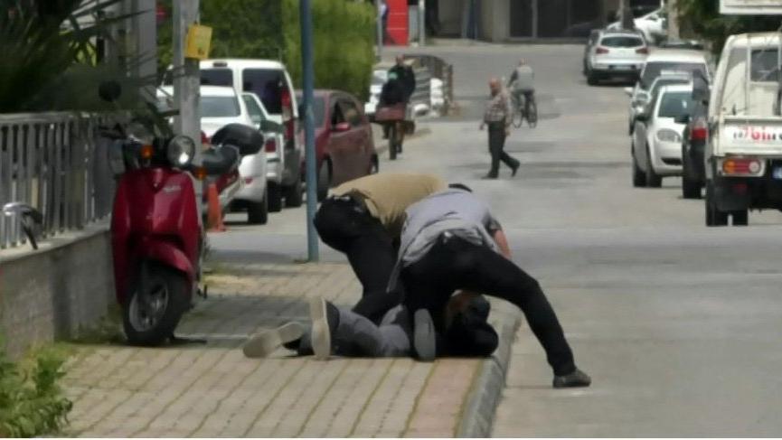 Polis pusu kurdu, dolandırıcıyı suçüstü yakaladı