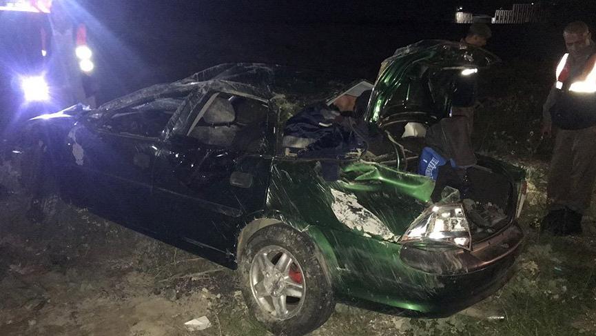 Kontrolden çıkan otomobil karşı şeride geçti: Bir ölü, 2 yaralı