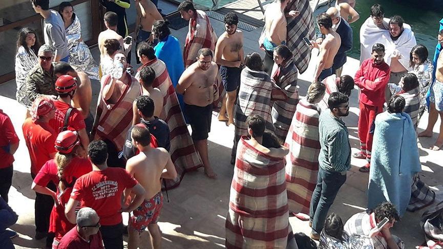 Fethiye'de 'tekne battı' öğrenciler son anda kurtuldu