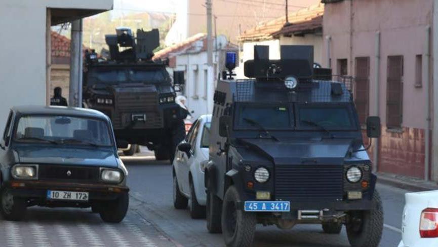 Manisa'da suç örgütüne ağır darbe: 20 gözaltı