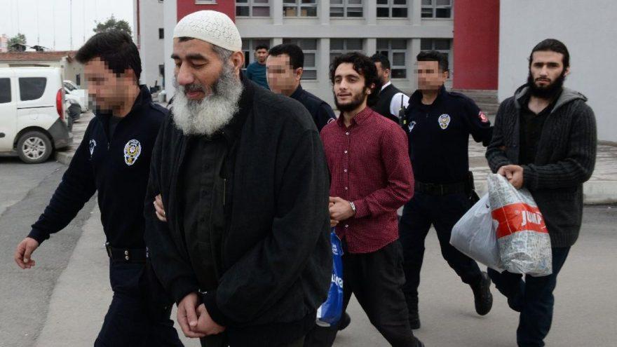 Kafa kesen IŞİD istihbaratçısıAdana'da yakalandı