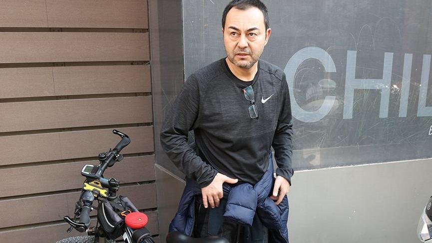 Serdar bisikleti depodan çıkardı