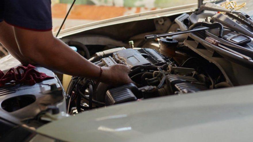 Otomobillerin yazılımını değiştirmek?