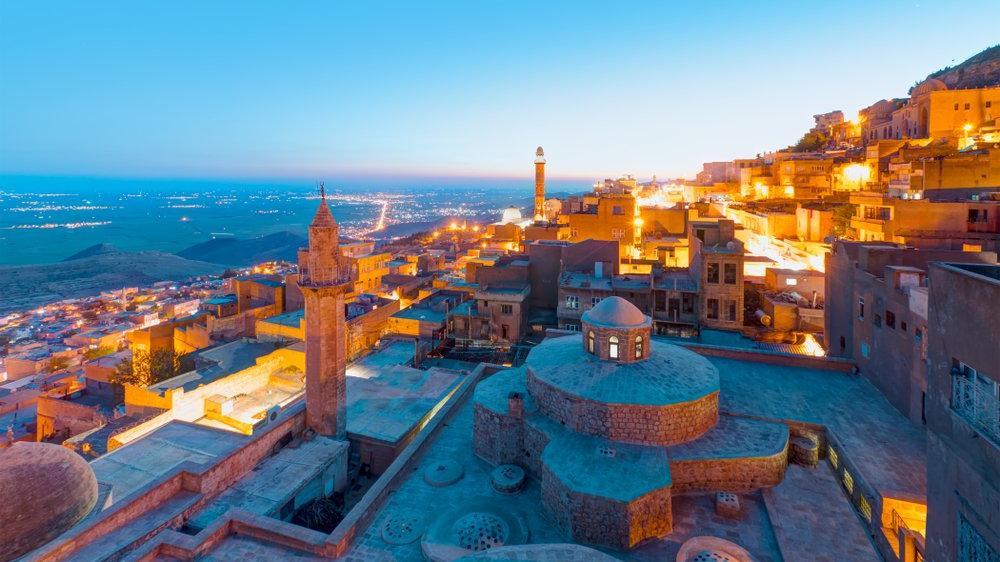 Tarihi ve turistik yerleri ile dikkat çeken Mardin...