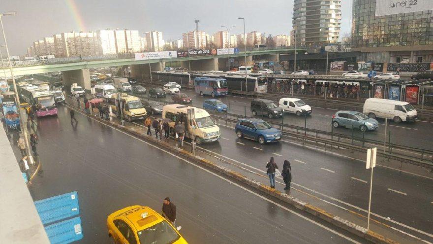 Minibüs kahyalarına operasyon: 14 gözaltı