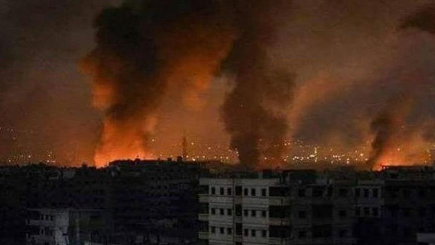 Suriye'de rejime ait askeri üsler vuruldu!