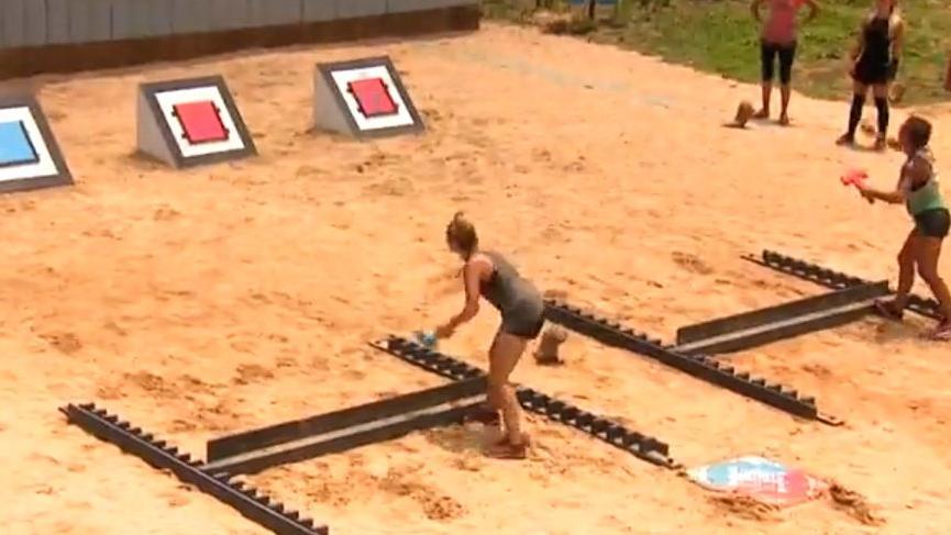 Elif gözyaşlarına boğuldu! Survivor'da sembol oyununda kimler elendi? Kimler kazandı?