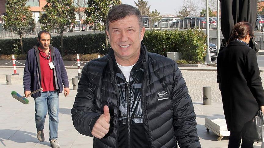 Bir zamanların efsane futbolcusu, AKP'den aday adaylığı başvurusu yapacak