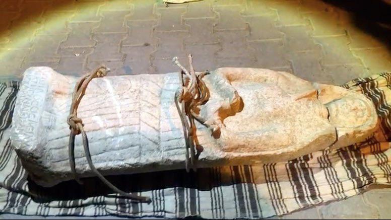 Burdur'da arabanın arkasında Roma Dönemi'ne ait kadın heykeli çıktı!