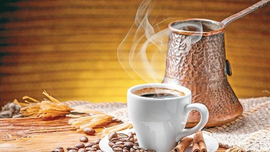 Türk Kahvesi nasıl yapılır? İşte geleneksel içeceklerimizden bol köpüklü Türk Kahvesi tarifi…
