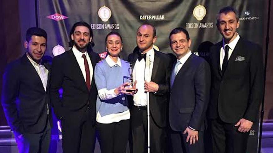 Vestel ve YGA'nın birlikte geliştirdiği akıllı bastona inovasyon ödülü