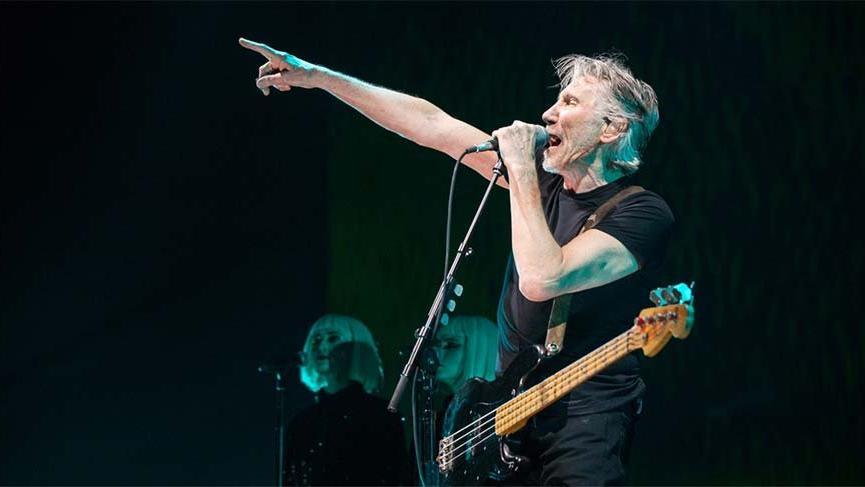 Roger Waters'dan Beyaz Miğferler'e tepki