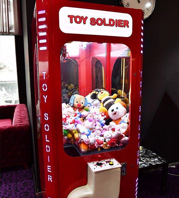oyuncak-makinesi-depo-1