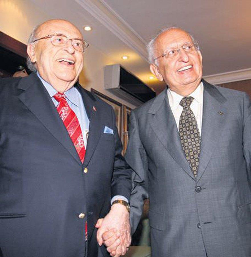 Cindoruk, 9. Cumhurbaşkanı Süleyman Demirel ile birlikte...