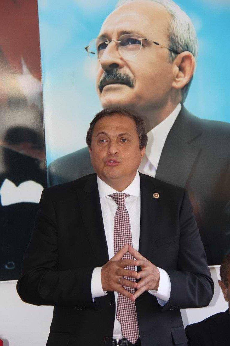 """'BAKAN SOYLU KEYFİNE GÖRE İZİN VERİYOR' Torun, """"Belediyelerimize, İçişleri Bakanı Süleyman Soylu'nun keyfine gelirse yurtdışına çıkış izni veriliyor"""" dedi."""