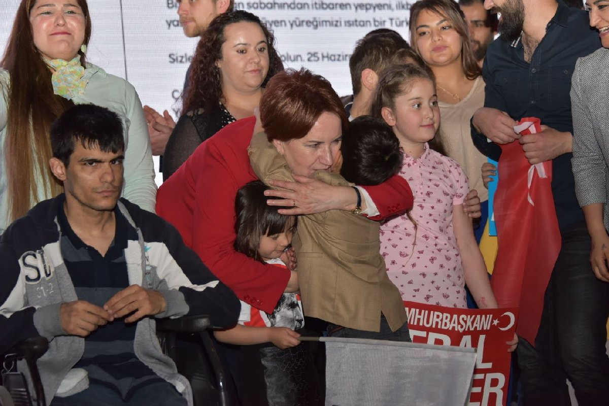FOTO: İYİ Parti