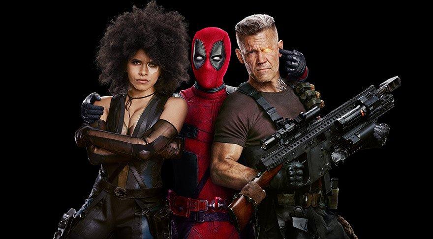 Kız arkadaşı Vanessa'yla mutlu bir ilişki sürdüren Deadpool'un düzeni, gelecekten gelen Cable'ın ortaya çıkışıyla sarsılır. Cable gelecekte tehdit oluşturacak bir çocuğun peşindedir.