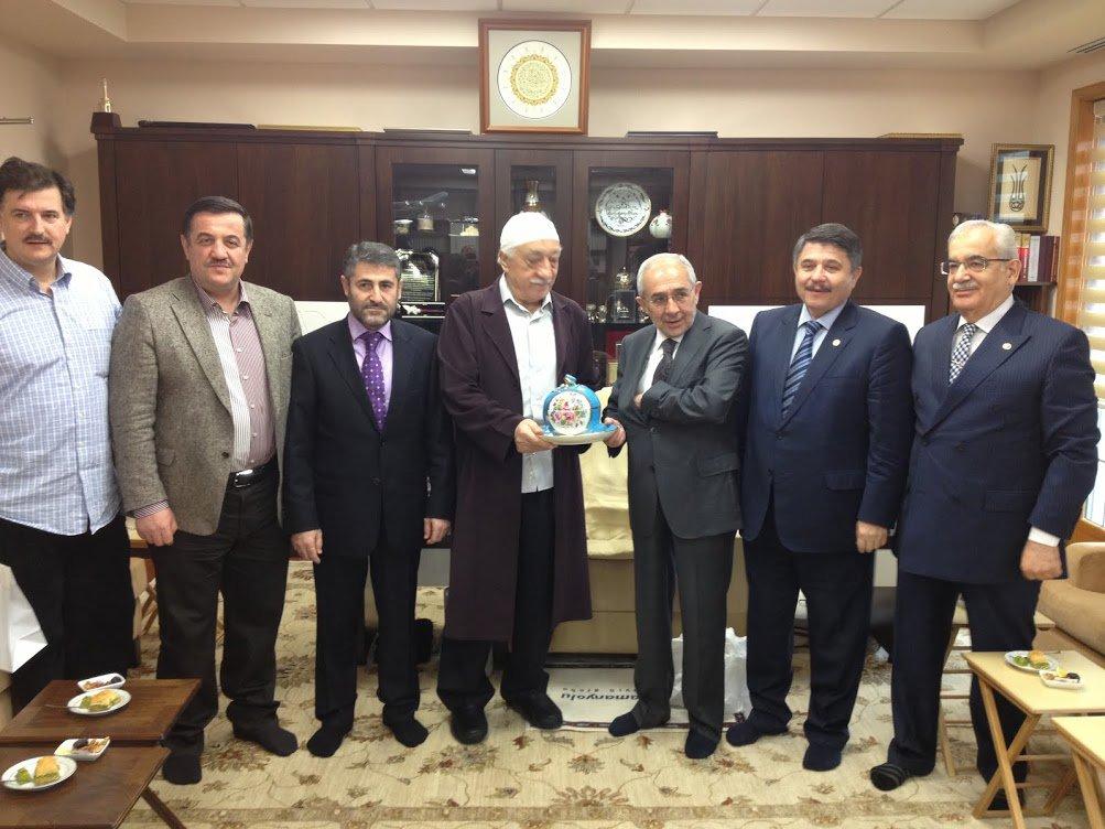 AKP'liler Fetolu fotoğraf için