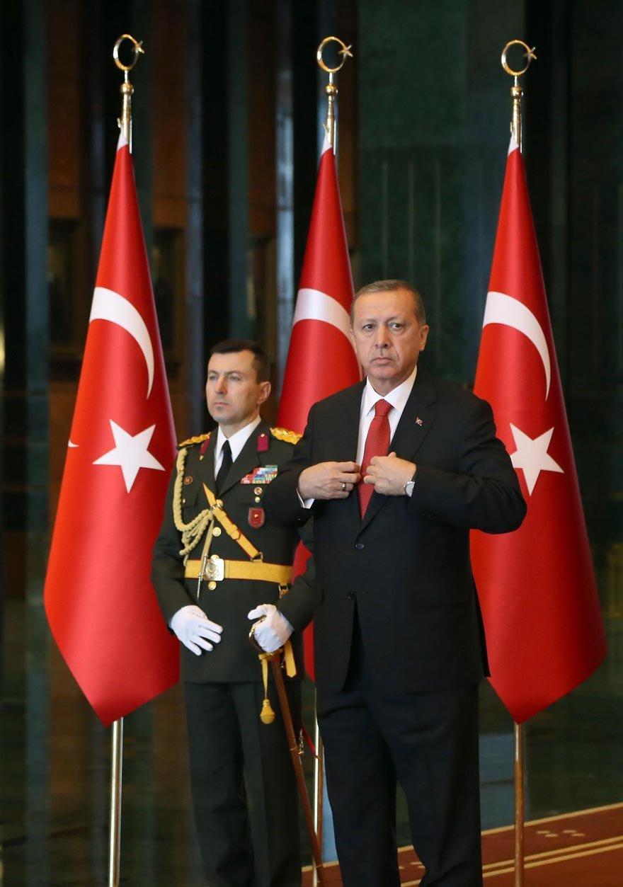 """Erdoğan'ın yaveri Ali Yazıcı'yla ilgili """"Eylemlerinin darbe faaliyeti kapsamında işlenen tüm suçlardan sorumlu tutulmasına yetecek boyuta ulaştı"""" denildi."""