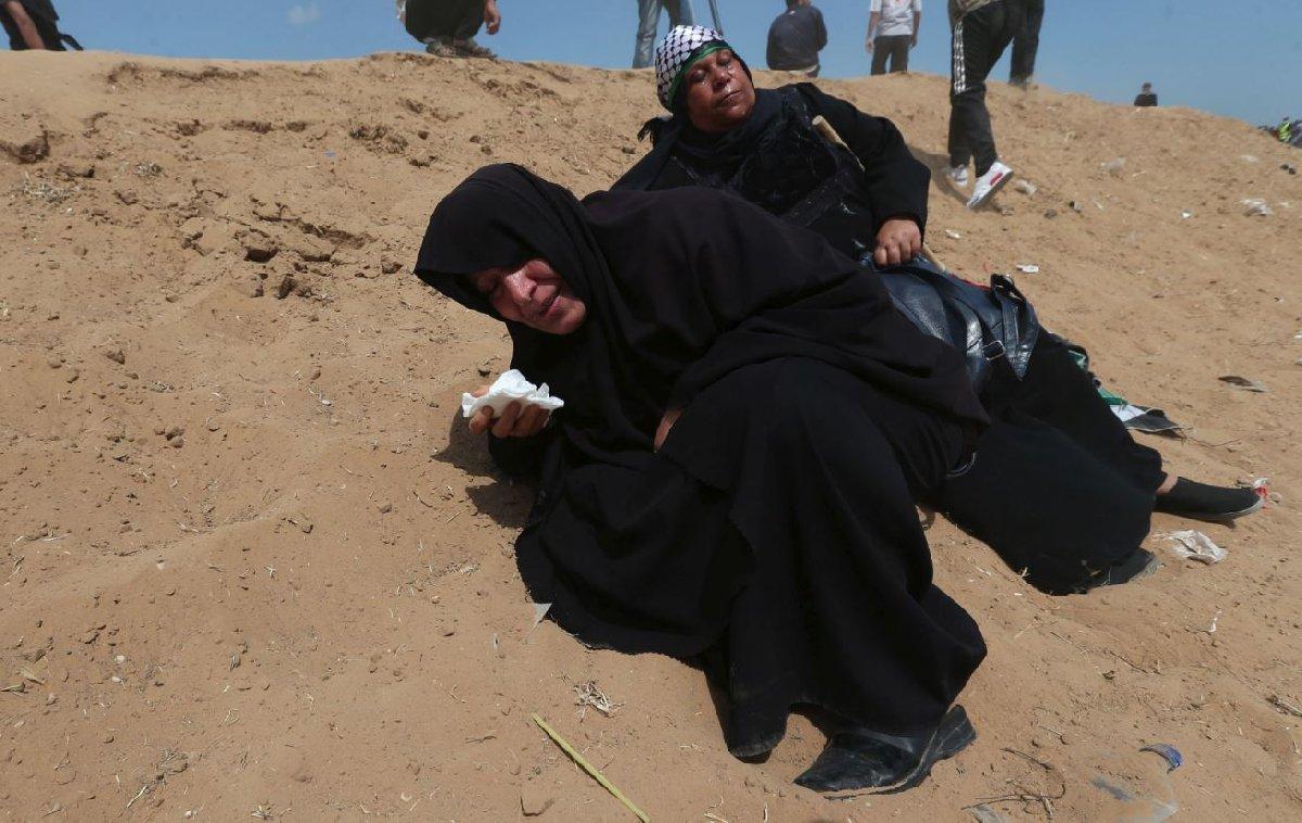 İsrail, göstericilere biber gazıyla müdahale etti.