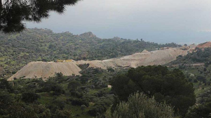 Madencilik faaliyetleri, 8 bin yıllık kaya resimlerini tehdit ediyor