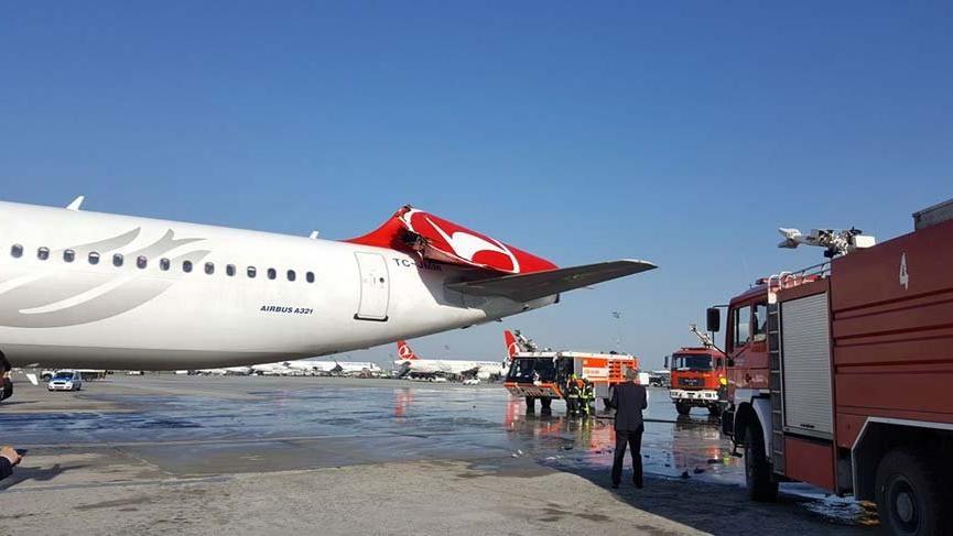 Atatürk Havalimanı'nda çarpışma
