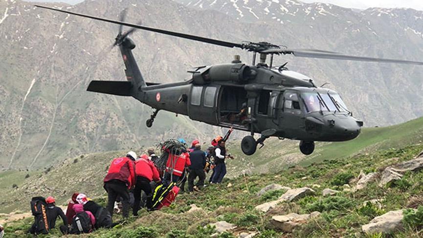 Yaralı kadın askeri helikopterle gelen UMKE ekibi tarafından kurtarıldı