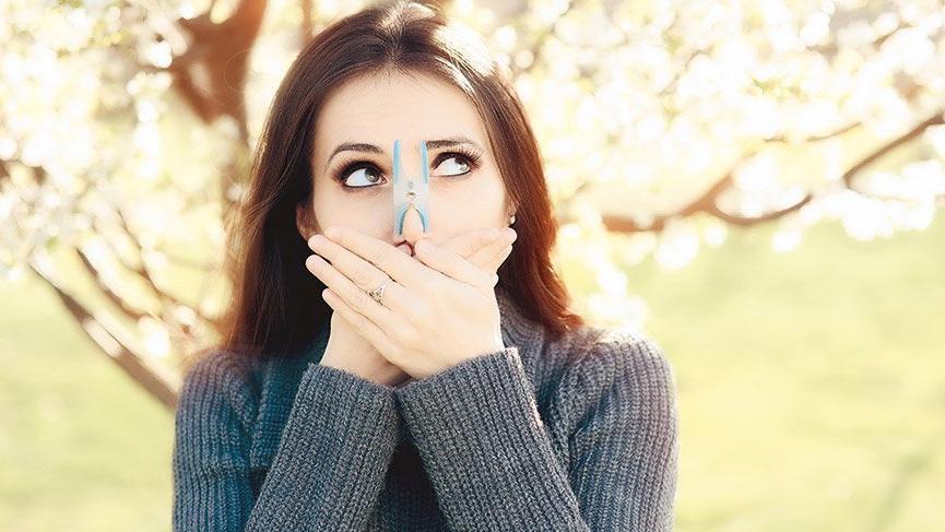 Gözlerde sulanma ve kaşıntının sebebi olabilir! Polen alerjisinden korunma yolları...