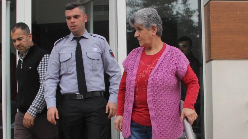 Banka çalışanı son anda önledi! Sahte polisler…