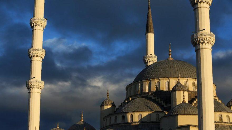 İl il iftar ve sahur vakitleri: İlk sahur ve iftar saat kaçta? İşte 2018 Ramazan imsakiyesi…