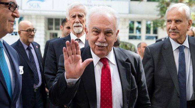 Türkiye zor koşullarda devrime doğru gidiyor