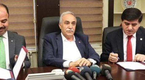 Bakan Fakıbaba 'deli dana' iddilarına cevap verdi