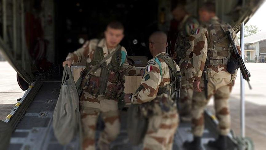 Fransa'dan terörist YPG/PKK mevzilerine topçu desteği