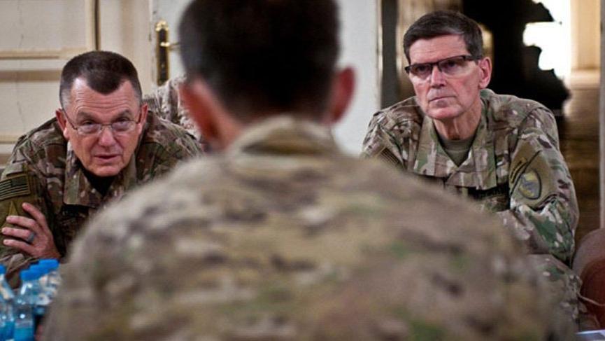 ABD'li generaller teröristlerle aynı masada