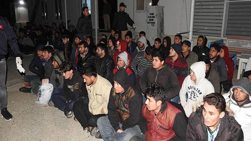 Yüzlerce göçmen yakalandı!