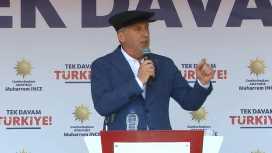 """""""Erdoğan, sen dik dur ben buradayım"""""""