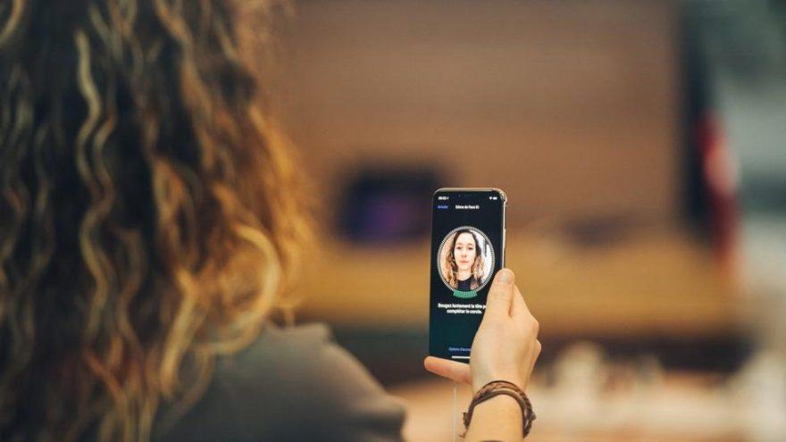 iPhone X'te gizlenen sorun ortaya çıktı! Telefonlar ücretsiz değiştirilebilir