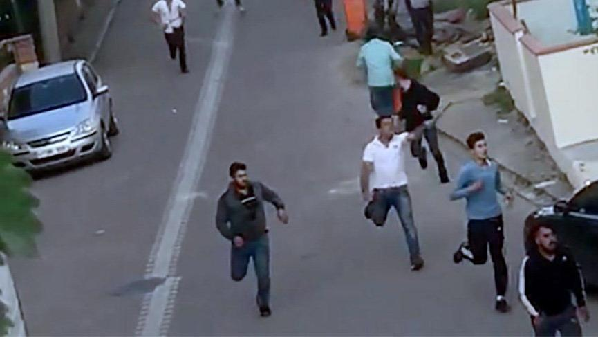 Kocaeli'nde bir kadını taciz ettiği söylenen Suriyeli mahalleyi karıştırdı: 2 kişi bıçaklandı