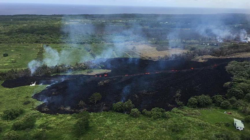 Kilauea Volkanı lav püskürtmeye devam ediyor
