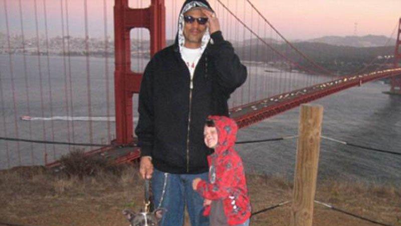 Ünlü oyuncunun oğlu intihar etti