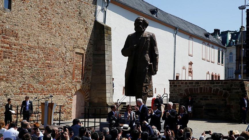 Karl Marx'ın 200. doğum günü kutlanıyor