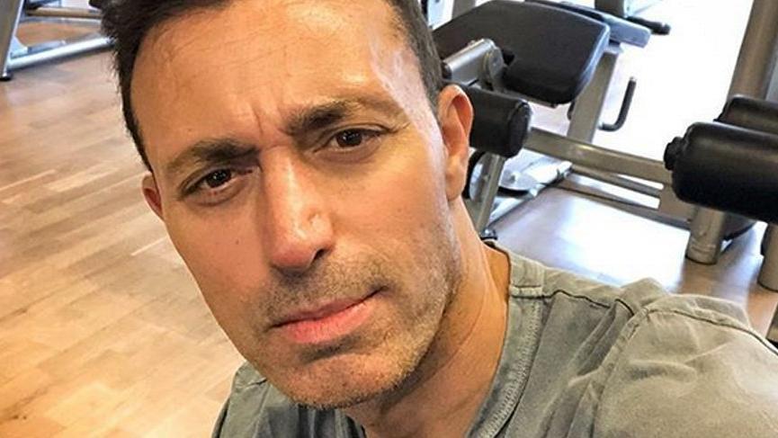 Mustafa Sandal: 'Buraya bulaşmayacaktın Cem Yılmaz'