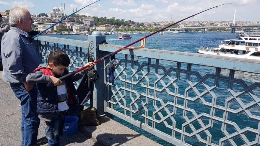 İstanbullu olmanın ayrıcalığı: Olta balıkçılığı…