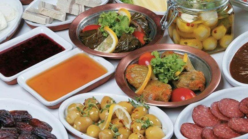 Ramazan ayında nasıl beslenilmeli ve nelere dikkat edilmeli?