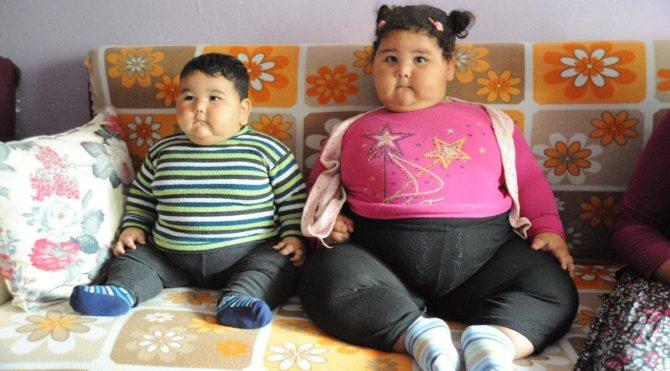 Abla kardeş obeziteyle savaşıyor… Henüz 2,5 yaşında 50 kiloya ulaştı